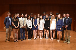 Cum Laude Society Honors Students at Annual Ceremony